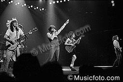 AC/DC acdc-13.jpg