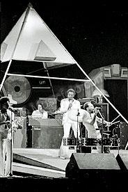 Earth Wind & Fire ewf-9.jpg