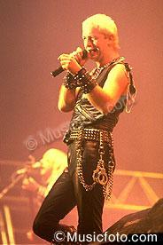 Judas Priest priest42.jpg
