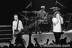 U2 u2_12.jpg